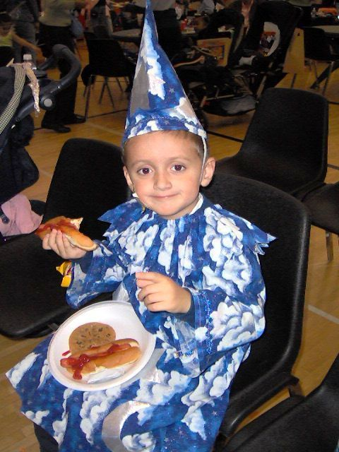child dressed as wizard