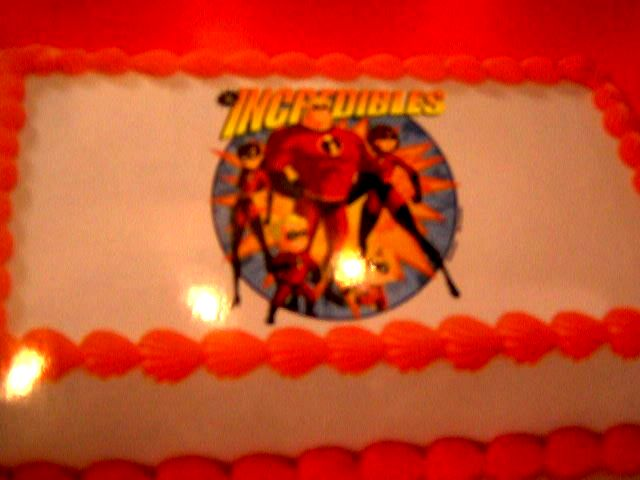BC - Incredibles Theme Cake